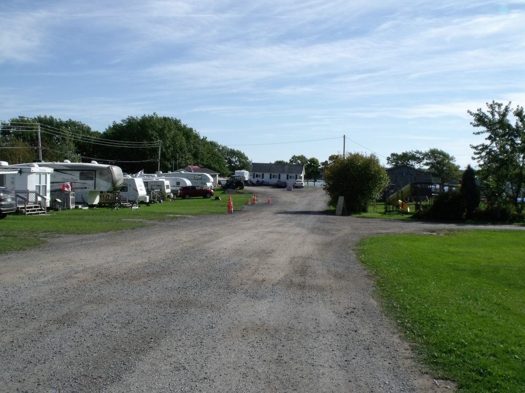 Image of the entrance to Harbour Light Campground, Pictou NS.