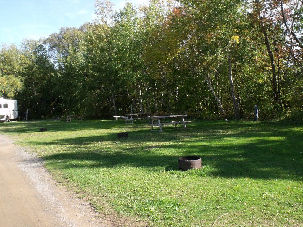Image of a two service site at Harbour Light Campground.